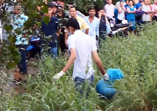 Phần đầu của nạn nhân được tìm thấy ở bãi đất trống sát cầu Lò Gốm, quận 6. Ảnh: An Nhơn