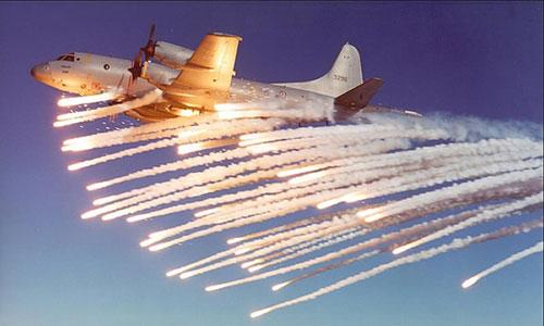 Một chiếc máy bay giám sát P-3 Orion, loại máy baymàWashington có thể sẽ bán cho Hà Nội. Ảnh:Aviation Spectator.