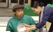 Hot boy Hoài Linh bối rối trước nhan sắc cô bán bún