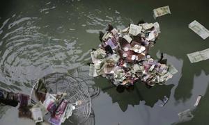 Ngôi chùa vớt tiền cúng dưới giếng bốn lần một ngày