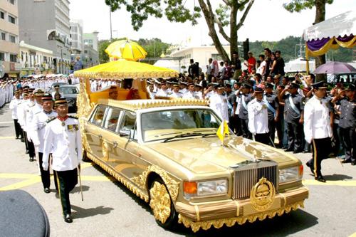Sultan-of-Brunei-5447-1413542377.jpg