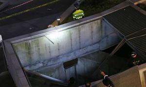 Rơi xuống hệ thống thông gió, 16 người chết ở Hàn Quốc