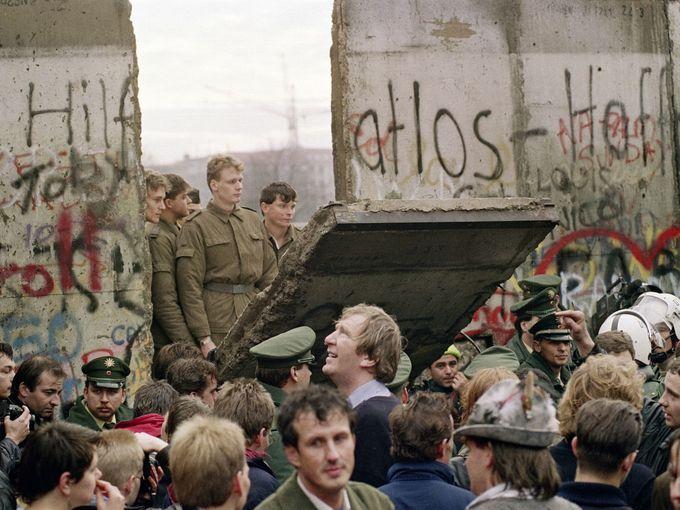 Lịch sử Bức tường Berlin