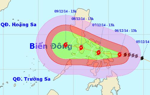 Khả năng bão Hagupit sẽ đi vào biển Đông đêm 8, rạng sáng 9/12. Ảnh: nchmf