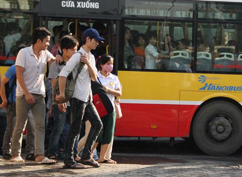 bus-2720-1419583798.jpg