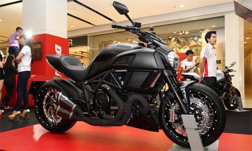 Ducati-Diavel-1-3386-1422608400.jpg