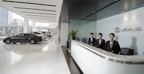 Lexus-ThangLong-17-9790-1422932335.jpg