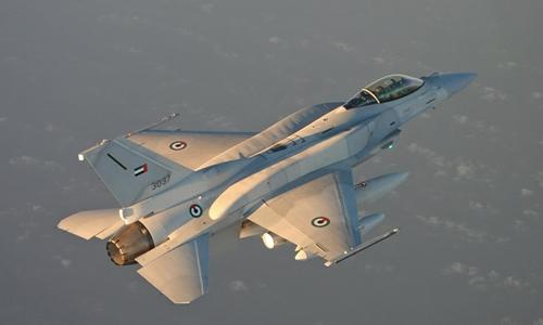 AIR-F-16E-UAE-Flying-Tucson-LM-8458-9778