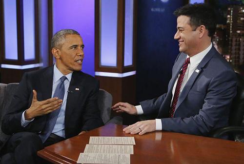 """Obama trongchương trình """"""""Jimmy Kimmel Live"""" hôm qua. Ảnh: Reuters"""