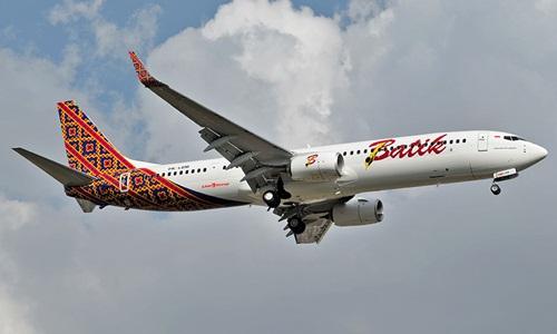 PK-LBM-Batik-Air-Boeing-737-90-5282-7953