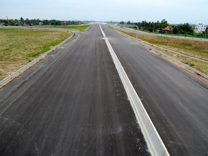 Đoạn cao tốc Hải Phòng- Hải Dương thúc tiến độ thông xe