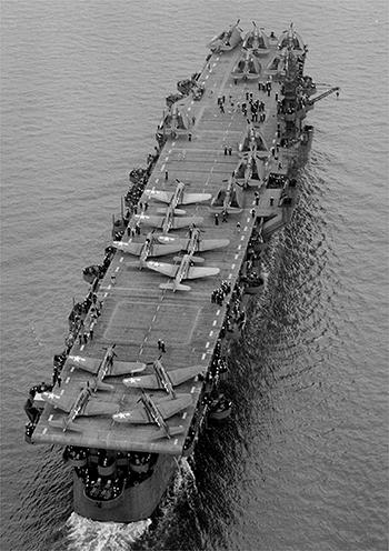 USS Independence CVL-22 năm 1943ở vịnhSan Francisco. Ảnh: US Navy