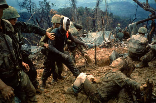 vietnam-war-larry-burrows-01-9821-142975