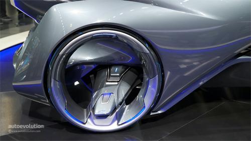Chevrolet-FNR-Concept-11.jpg