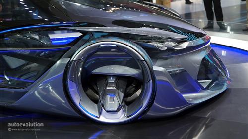 Chevrolet-FNR-Concept-13.jpg