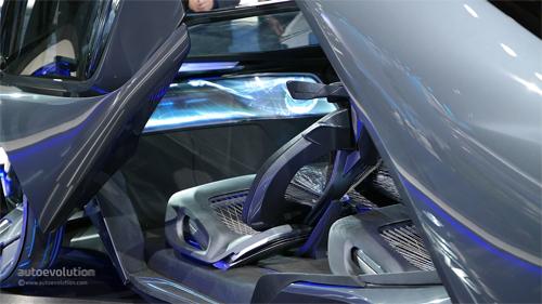 Chevrolet-FNR-Concept-8.jpg