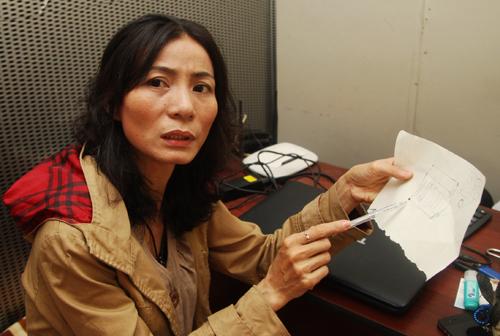 Bà Ngọt mô tả lại chiếc loa cũ của chồng giống với chiếc loa chứa hơn 5 triệu yên mà chị Hồng chai mua được