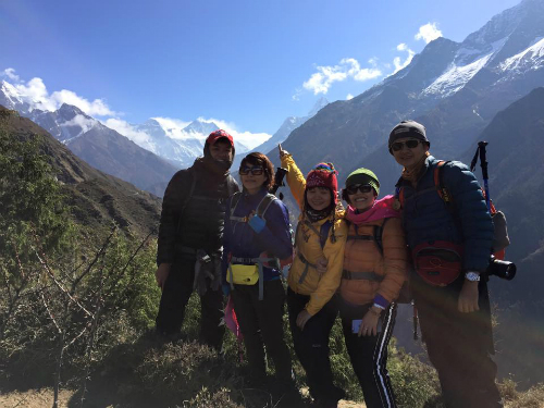 nhom-tan-vu-nepal-4914-1430131567.jpg