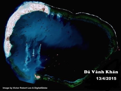 Trung Quốc cũng đẩy mạnh cải tạo đá Vành Khăn thuộc quần đảo Trường Sa của Việt Nam. Bắc Kinh đã lấp cát và san hô cành để bồi đắp khu vực có diện tích khoảng 2,42 km2, cho đến ngày 13/4.