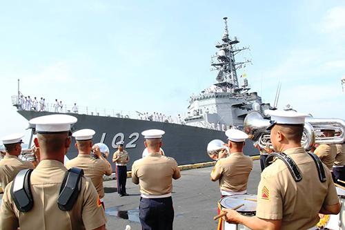 navy-1711-1431422703.jpg