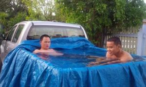 Hồ bơi tự chế cho mùa nóng