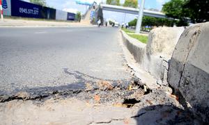 Đại lộ hiện đại nhất TP HCM bị nứt do thi công cao ốc