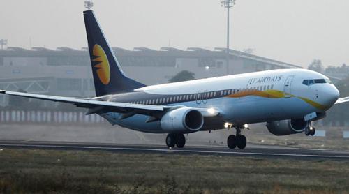 Một máy bay của hãng hàng khôngJet Airways. Ảnh: Reuters