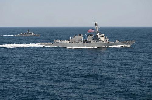 Tàu khu trục USS Lassen của Mỹ trong bức ảnh chụp hồi tháng 3. Ảnh: