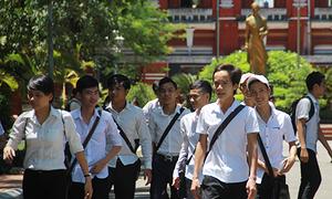 Đang chấm thi THPT quốc gia, 14 giáo viên bị yêu cầu dừng