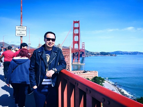 Trước khi trở thành sinh viên Mỹ, Liu Chi Sing từng theo học tại trường Quốc tế Á châu.