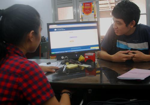 Huong-dan-thi-sinh-xem-diem-7642-1437450