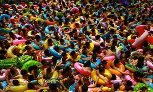 Nhiều bể bơi Trung Quốc chứa lượng nước tiểu vượt mức cho phép