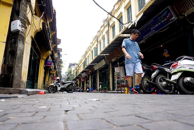 Tuyến phố đầu tiên của Hà Nội được lát đá mặt đường