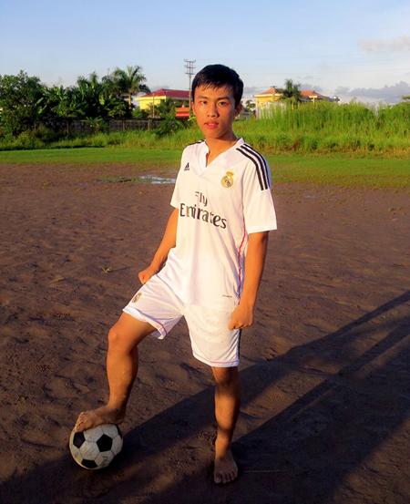 thu-khoa-khoi-B-Nguyen-Hoang-H-6092-8206