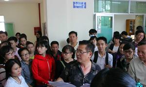 Nhiều trường ở TP HCM 'căng mình' nhận - trả hồ sơ