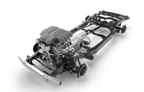 Toyota-Land-Cruiser-200-23.jpg