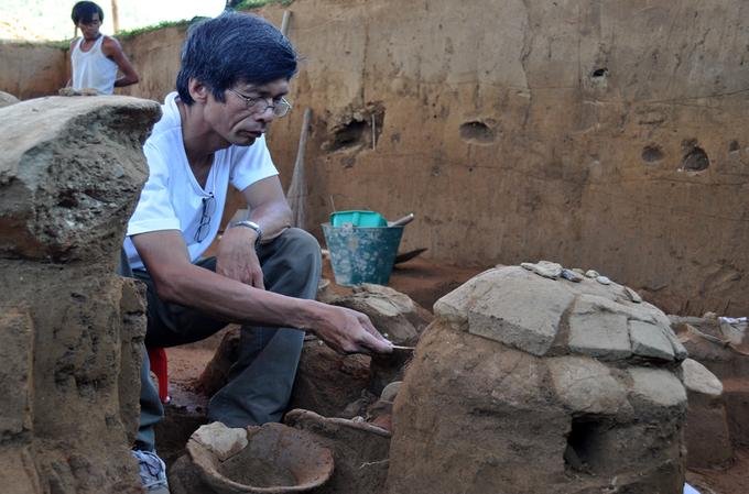 Mộ chum Sa Huỳnh nghìn năm