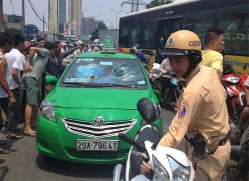 taxi-9737-1440490090-2l9hjag9a-3562-8262
