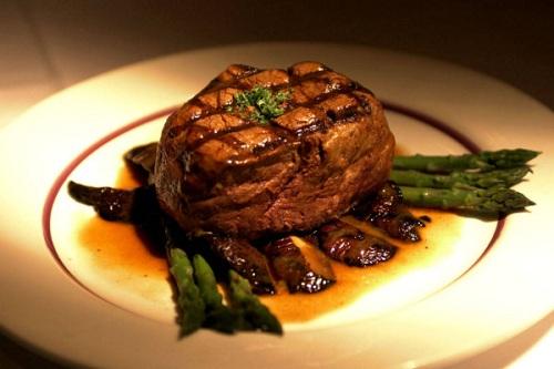 """Boufage  a satisfying meal""""  một bữa ăn khiến bạn hài lòng."""