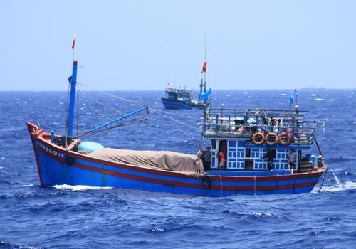 Tàu cá của ngư dân Việt Nam đánh bắt hải sản quanh khu vực biển thuộc chủ quyền Việt Nam trên Biển Đông. Ảnh: Nguyễn Đông.