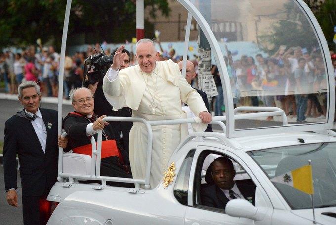Giáo hoàng Francis lần đầu tiên thăm Cuba