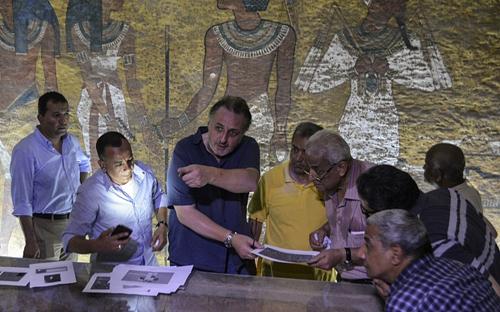 0210-Egyptologist-3460655b-371-6836-5844