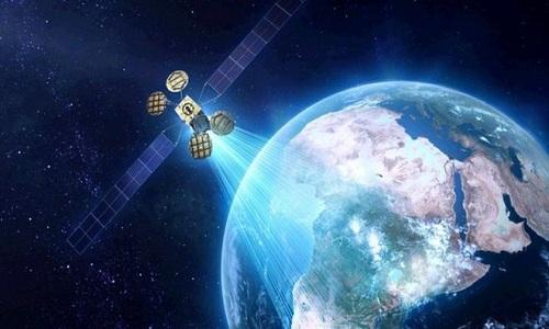 HoaDan-Facebook-plans-satellit-3304-3243