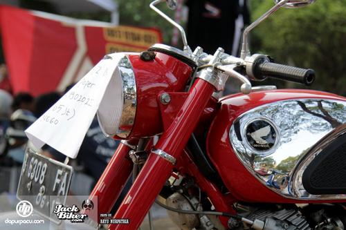 Honda-CB72-1962-11-7095-1444104690.jpg