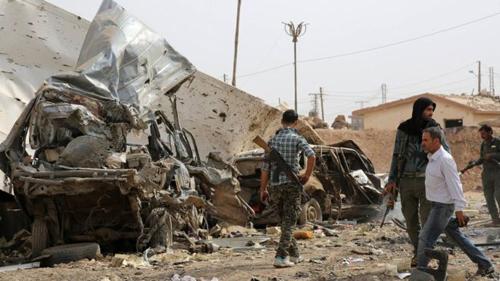 Các chiến binh YGP, với sự hỗ trợ từ phiến quân Arab và các cuộc không kích của liên minh quốc tế, đã đẩy lùi IS khỏi nhiều vùng rộng lớn ở bắc Syria