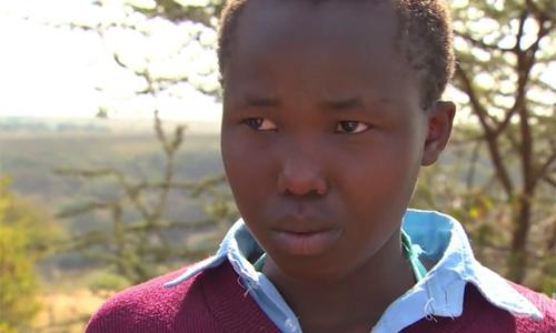 Younis bỏ trốn và được giải cứu sau 4 năm làm vợ người đàn ông lớn tuổi. Ảnh: CNN