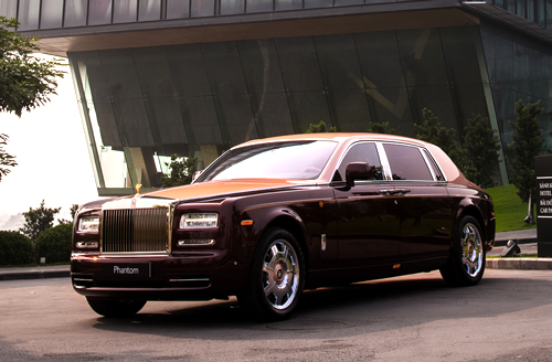 hang-thua-rolls-royce-phantom-lua-thieng-ve-viet-nam