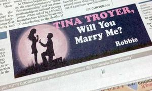 Mua quảng cáo trên báo để cầu hôn bạn gái