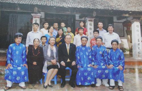 chuyen-tham-lang-le-nha-tho-phan-huy-cua-tong-thu-ky-lien-hop-quoc-1