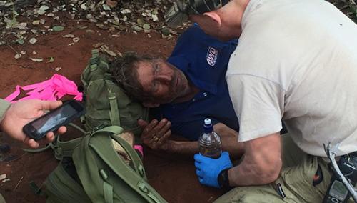 Ông Reg Foggerdy được tìm thấy sống sót sau 6 ngày lạc trên sa mạc. Ảnh: CNN